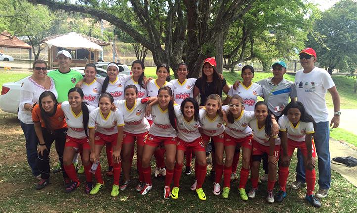 Fundación Frisby equipo de fútbol femenino